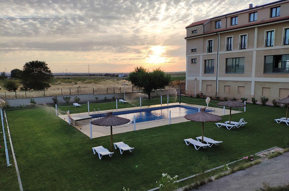 Piscina Hotel DST Alonso de Monroy